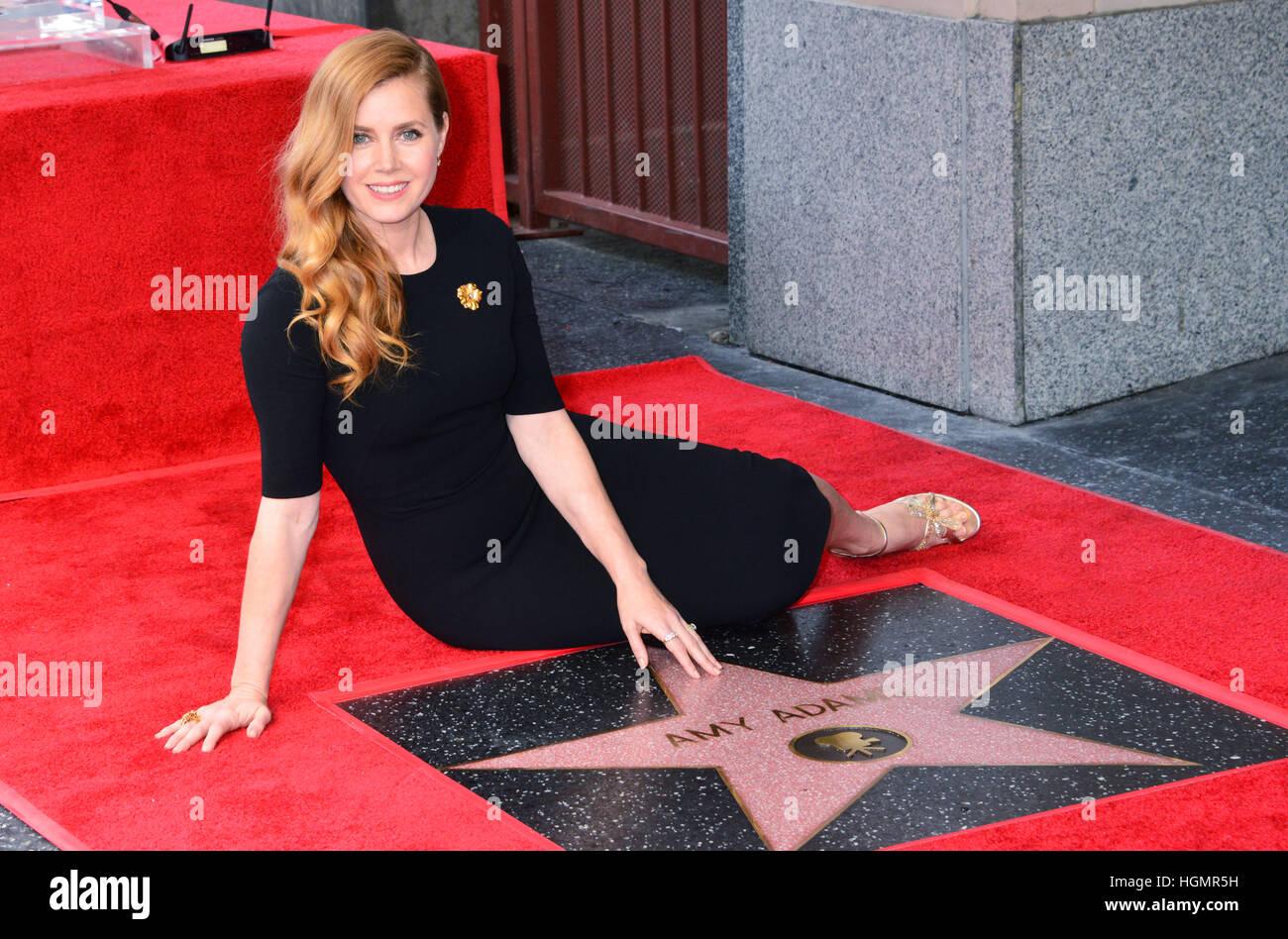 Los Angeles, USA. 11. Januar 2017. A_ Amy Adams Star 005 Amy Adams mit einem Stern auf dem Hollywood Walk of Fame Stockfoto