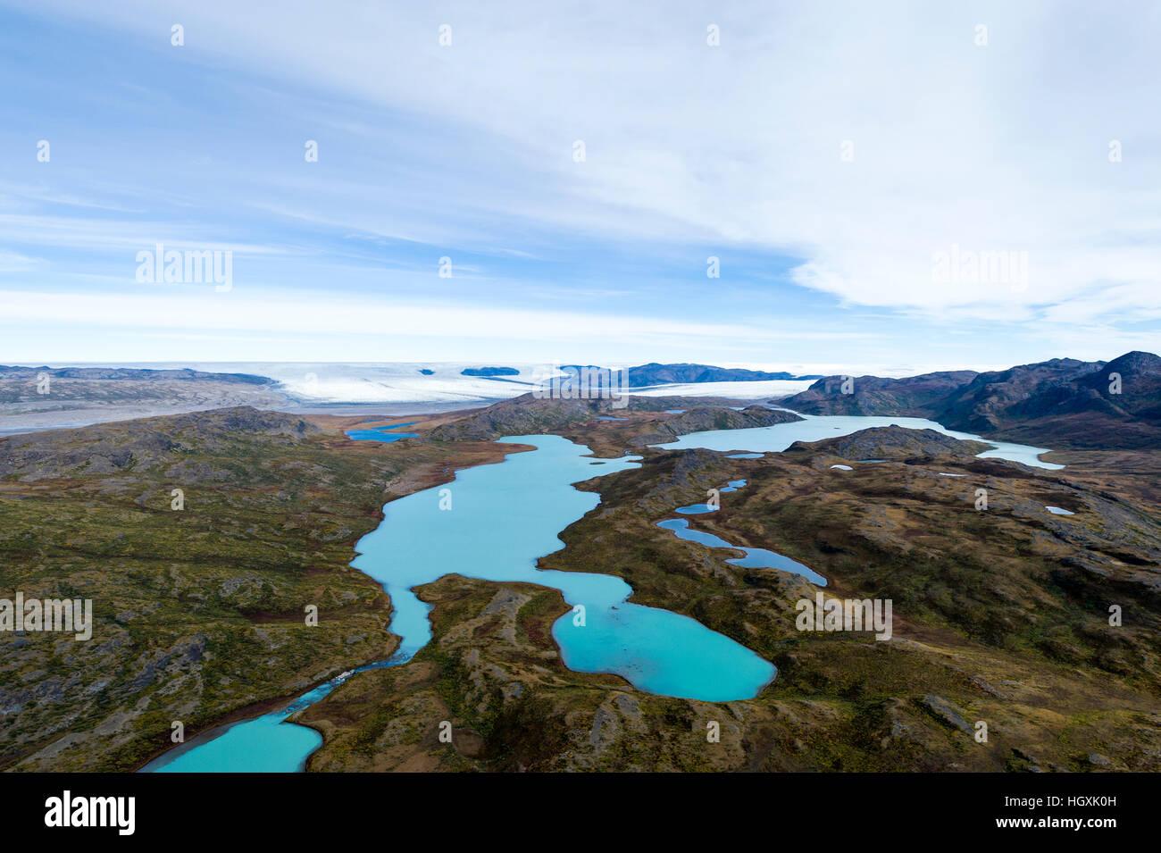 Türkisblauen Gletscherseen auf einem Plateau, Highland Tundra. Stockbild