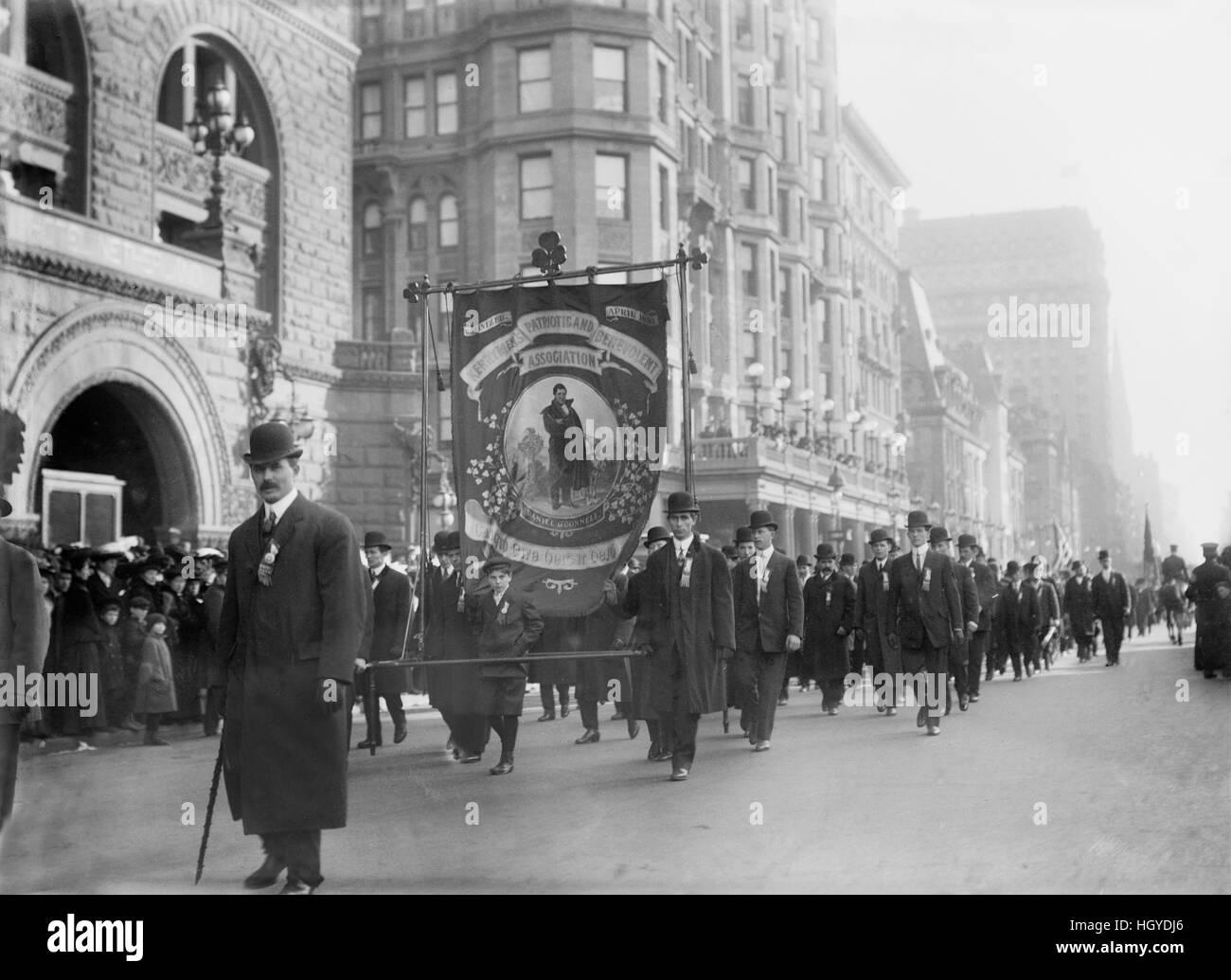 St. Patrick Parade, Fifth Avenue, New York City, New York, USA, Bain Nachrichtendienst, März 1909 Stockbild