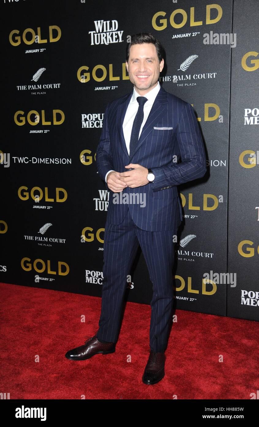 New York, NY, USA. 17. Januar 2017. Edgar Ramirez im Ankunftsbereich für GOLD-Premiere, AMC Loews Lincoln Square, Stockfoto