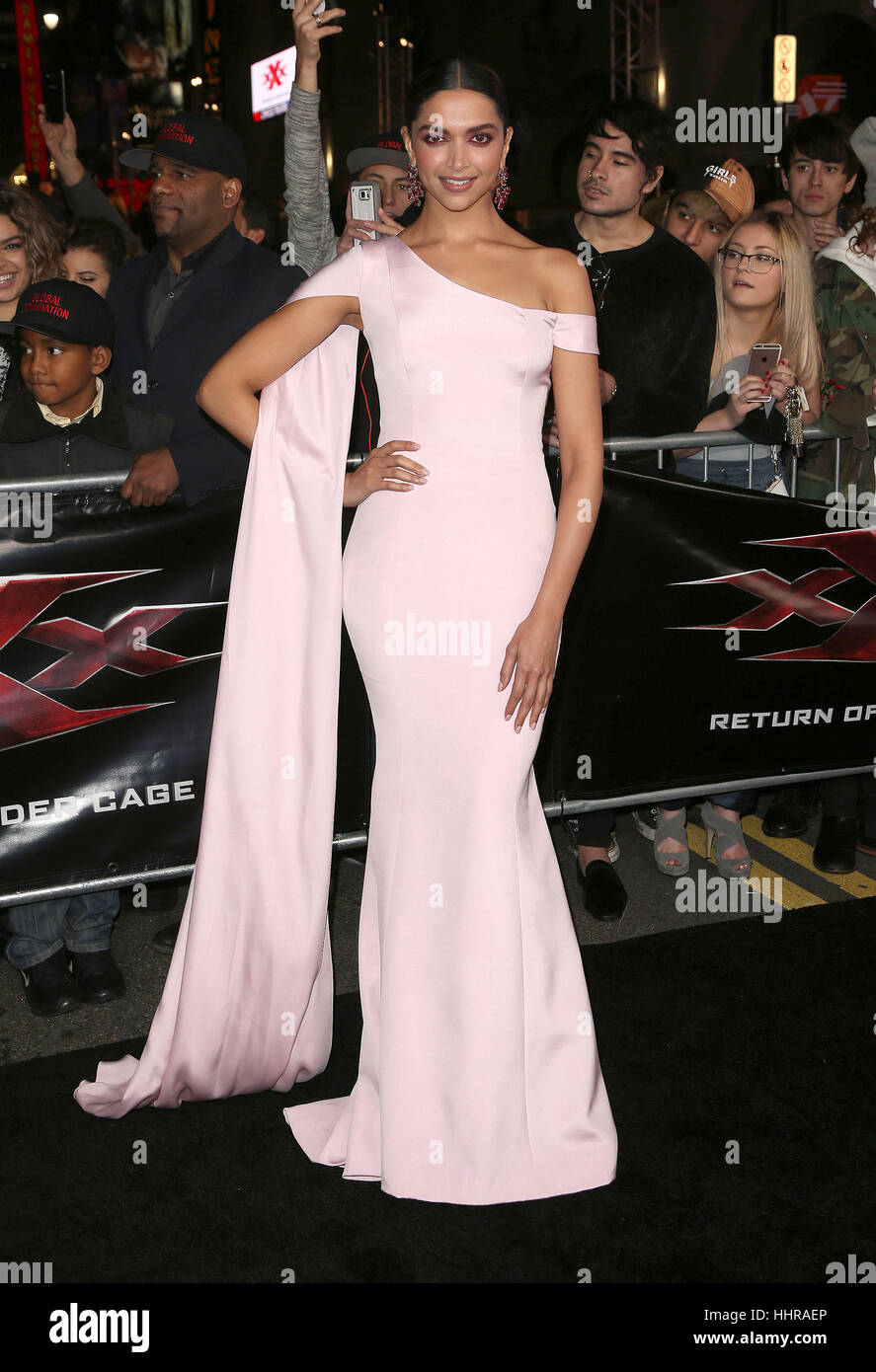 "Hollywood, USA. 19. Januar 2017. Deepika Padukone gesehen, Teilnahme an der ""xXx: Return Of Xander Cage' Los Angeles Stockfoto"