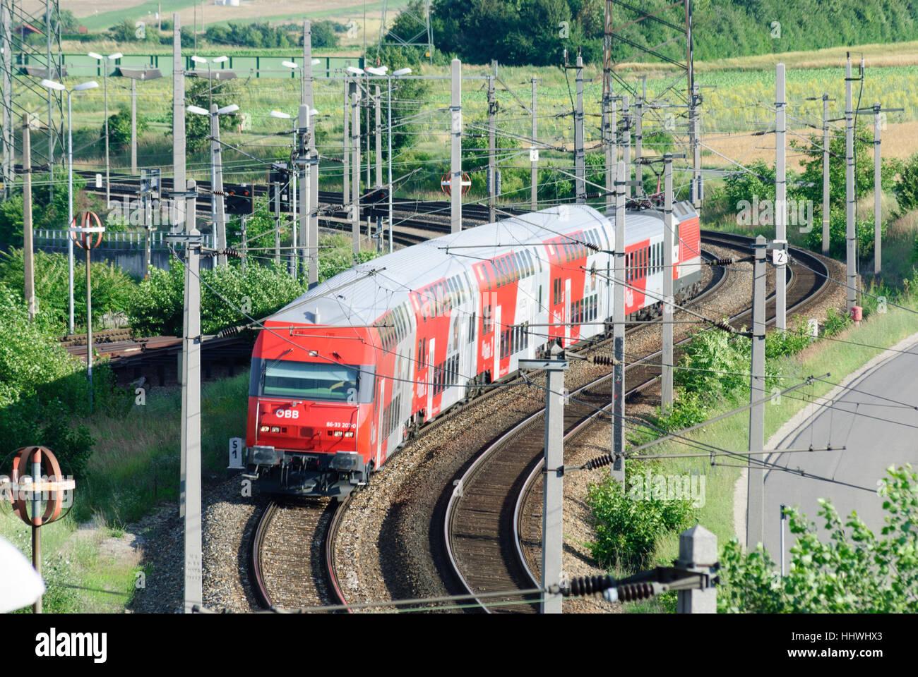 Wien, Wien: Regionalzug der ÖBB, 10., Wien, Österreich Stockbild