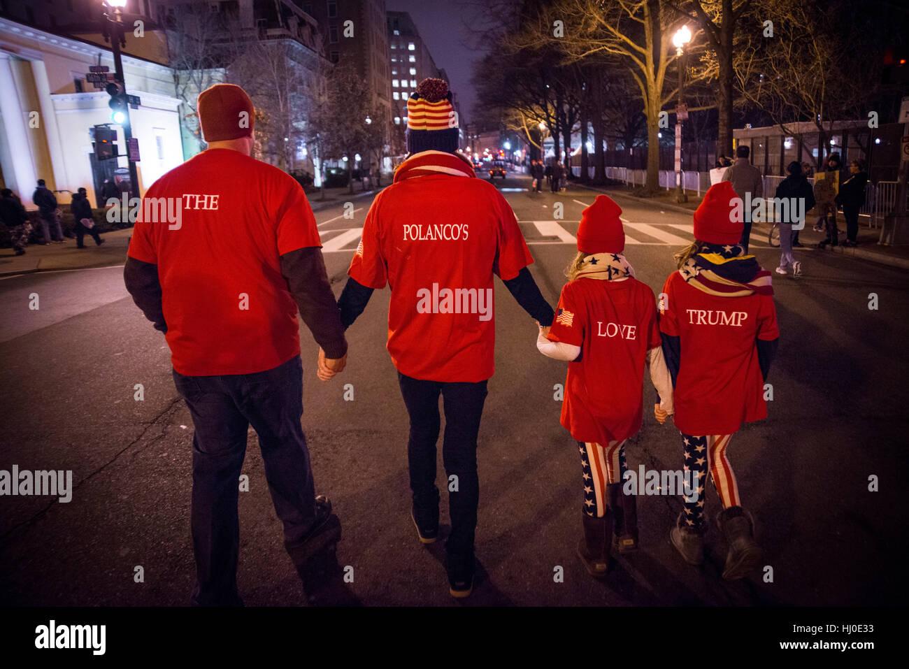 Washington DC, USA. 20. Januar 2017. Familie Unterstützung, Donald Trump gehen auf der Straße durch das Stockbild