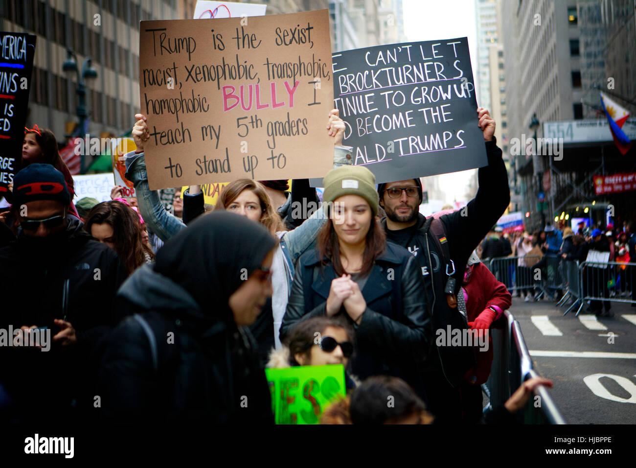 Demonstrant auf die NYC Frauen Marsch Stockfoto
