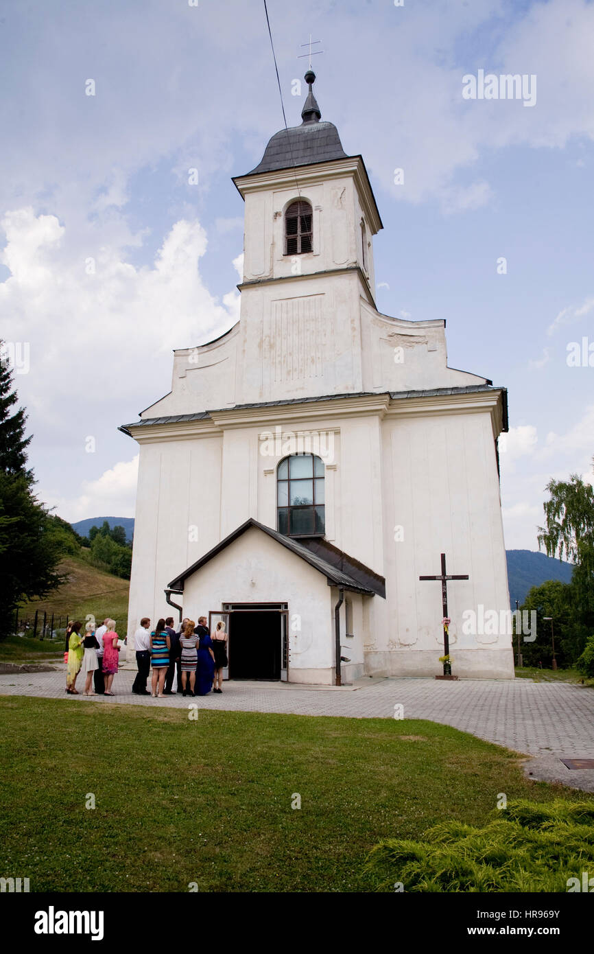 Slowakische Hochzeitstag in der evangelischen Kirche Stockbild