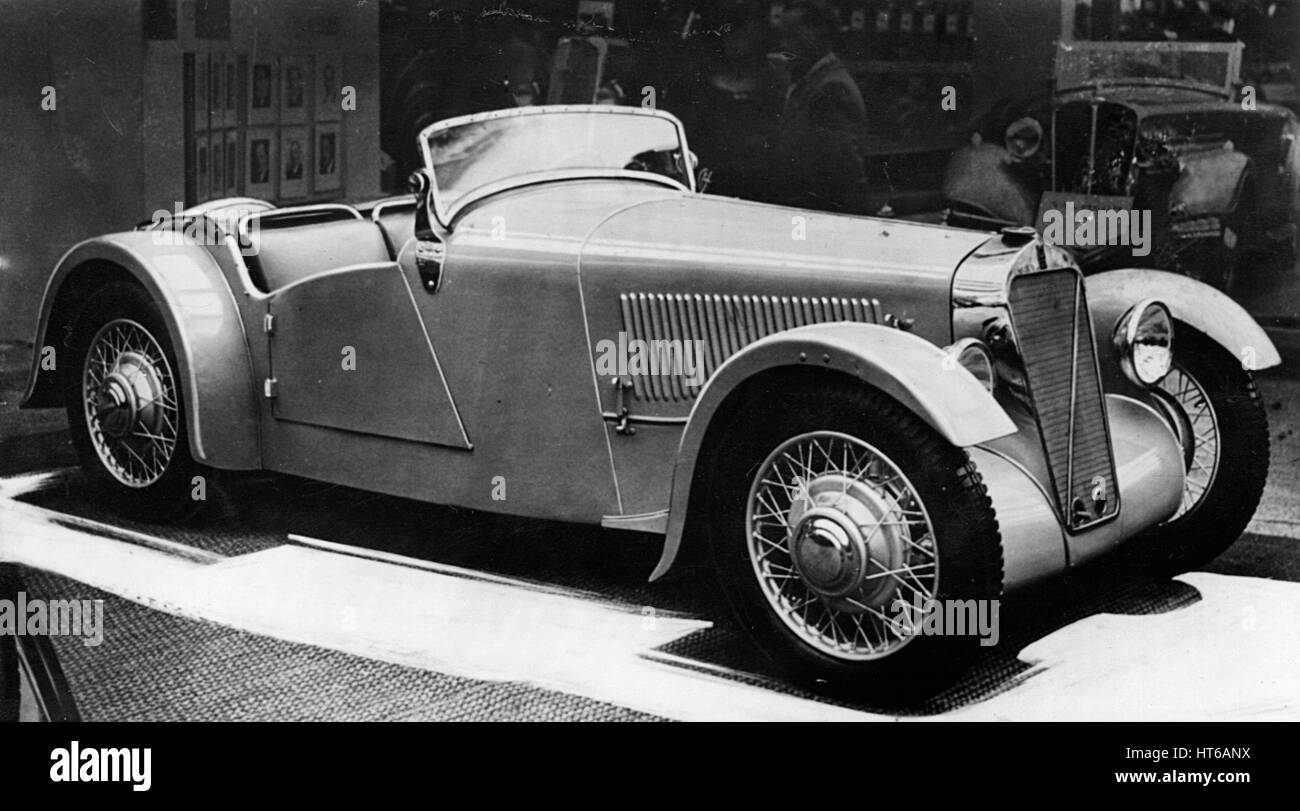 1935 Georges Irat am Auto-Salon Stockbild