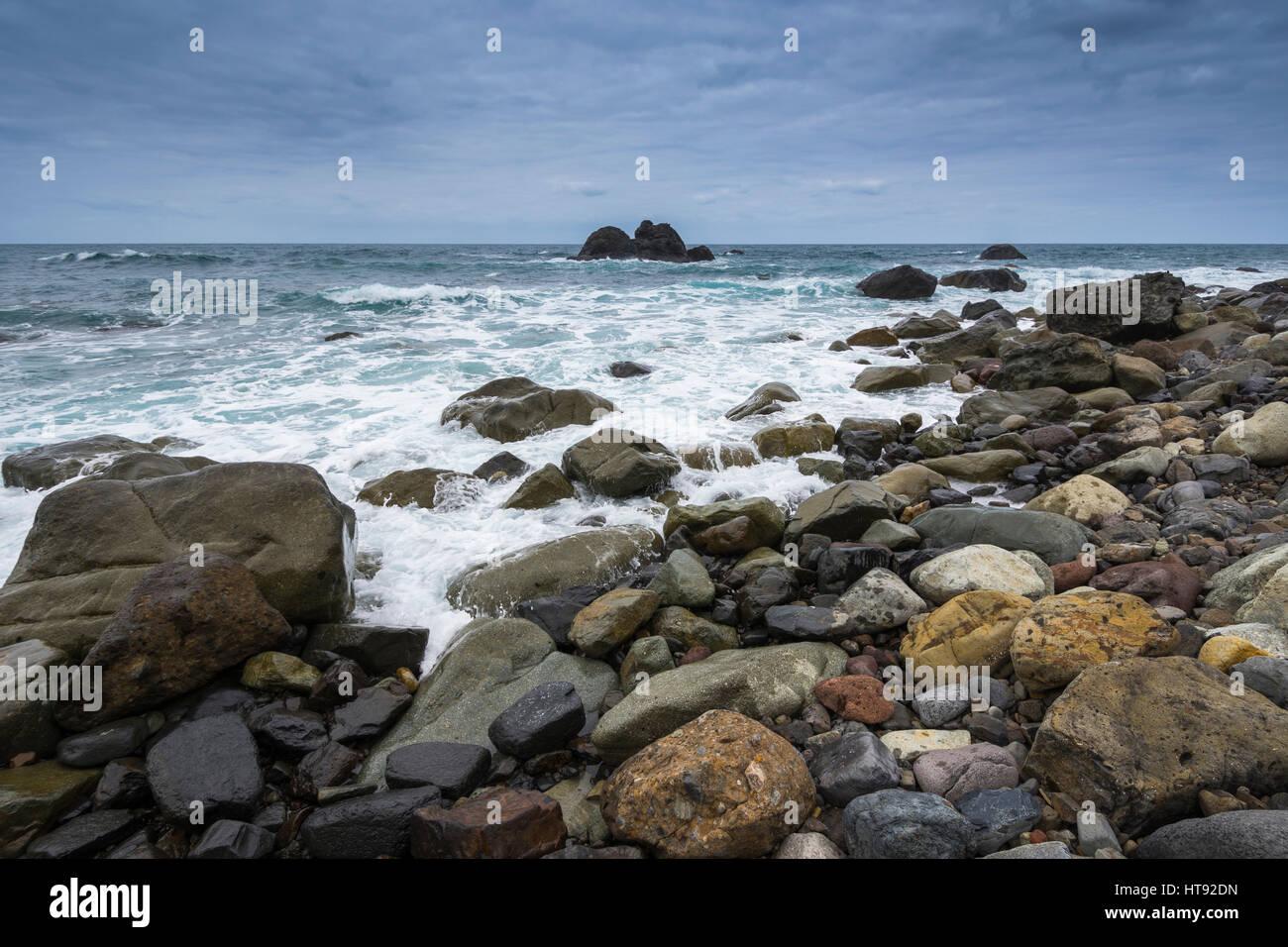 Rock-Strand am Punta de Santiago, Benijo, Teneriffa, Kanarische Inseln, Spanien Stockbild