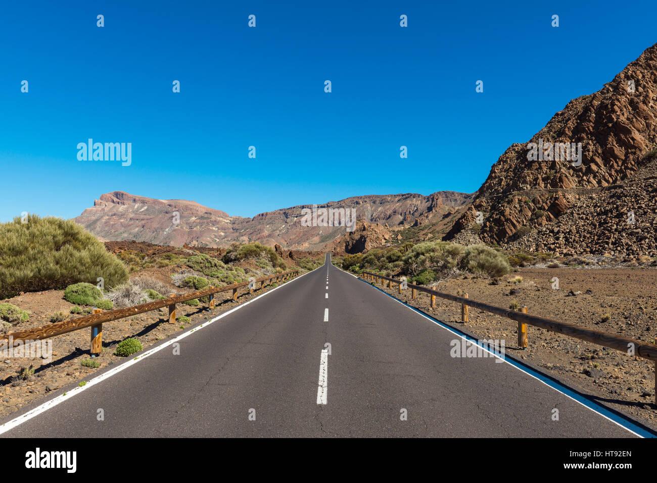 Straße, Parque Nacional del Teide, Teneriffa, Kanarische Inseln, Spanien Stockbild