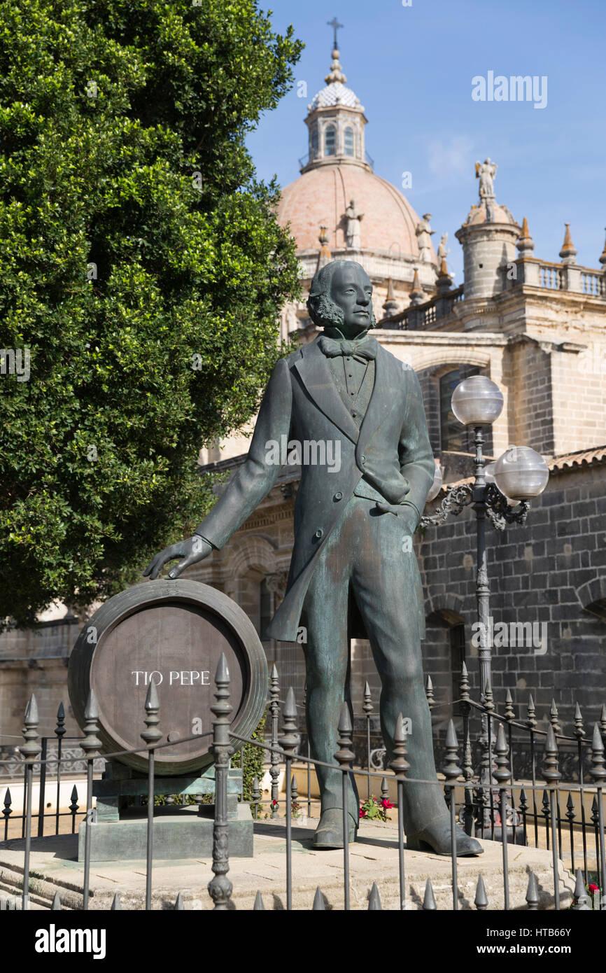 Denkmal für Manuel Maria Gonzalez (Gründer von Gonzalez Byass Sherry Tio Pepe einschließlich), Jerez Stockbild
