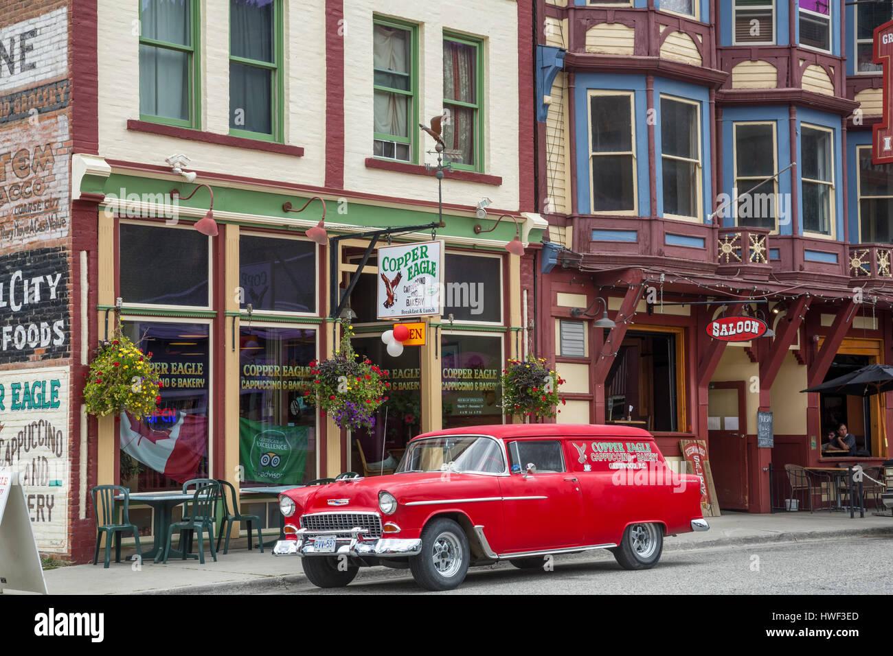 Alten Kastenwagen auf Hauptstraße von Greenwood, British Columbia, Kanada Stockbild