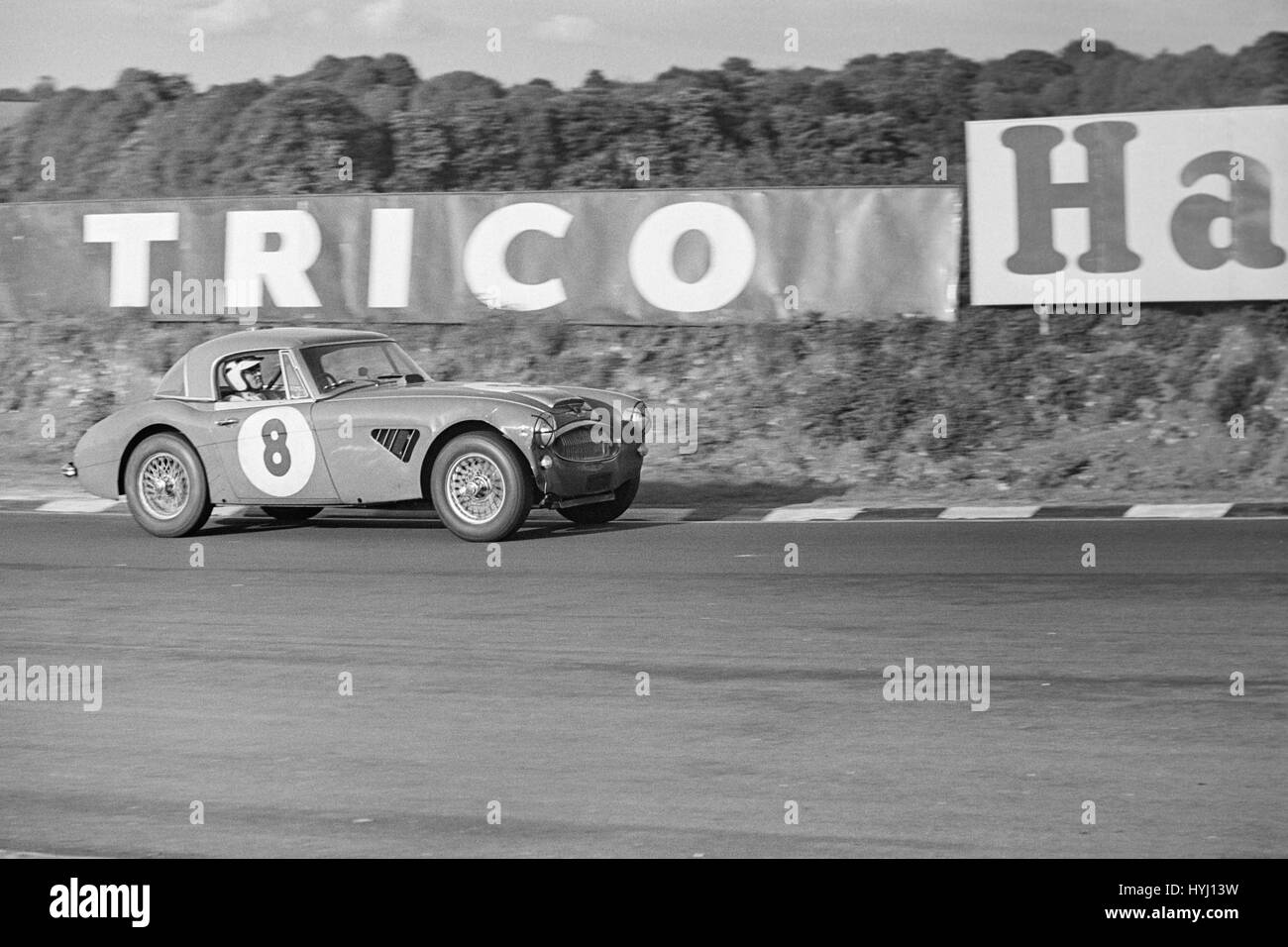 Austin Healey sports Car-Rennen in Brands Hatch in England in den 1960er Jahren. Stockbild