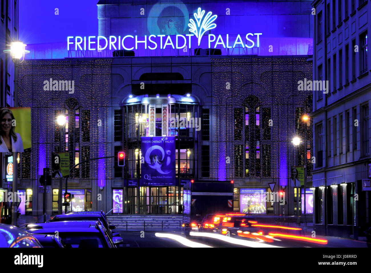 Architektur, Berlin, Farbbild, Farbbilder, Farbbild, Farbbilder, Deutschland, Europa, Abend, Friedrichstadtpalast, Stockbild