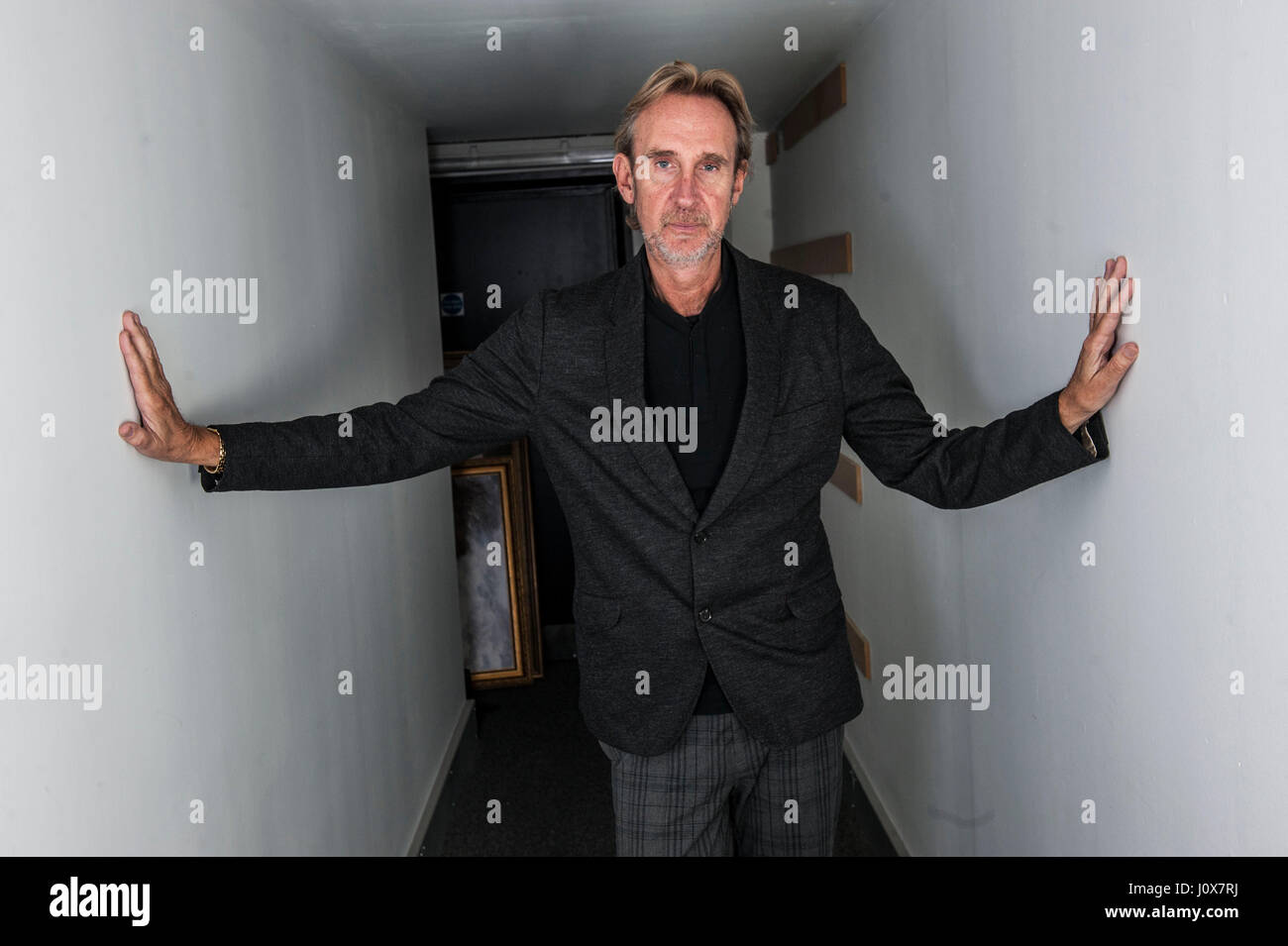 Mike rutherford stockfotos mike rutherford bilder alamy - Hackett london head office ...