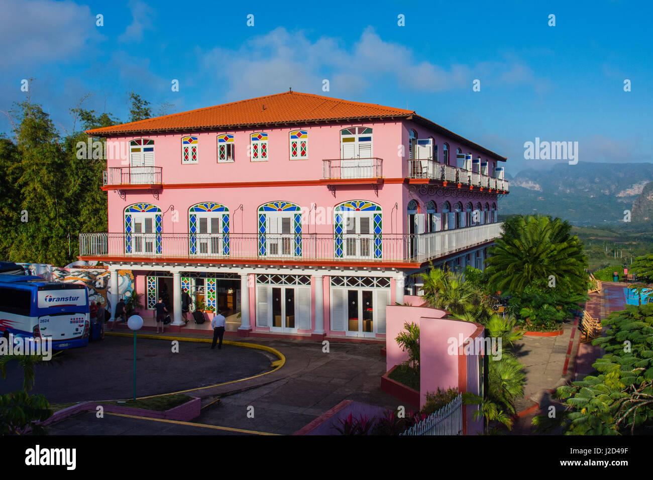 Kuba. Pinar Del Rio. Vinales. Hotel Los Jazmines mit Blick auf das Tal von Vinales. Stockbild