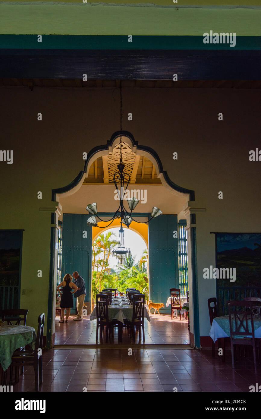 Kuba, Provinz Sancti Spiritus. Valle de Los Ingenios. Manaca Iznaga Plantage. Das Restaurant und die Gärten Stockbild
