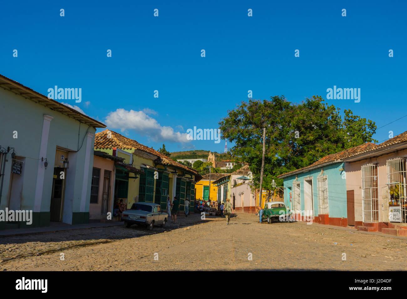 Kuba. Provinz Sancti Spiritus. Trinidad. Gepflasterten Gassen mit ihren bunten Häusern. Stockbild