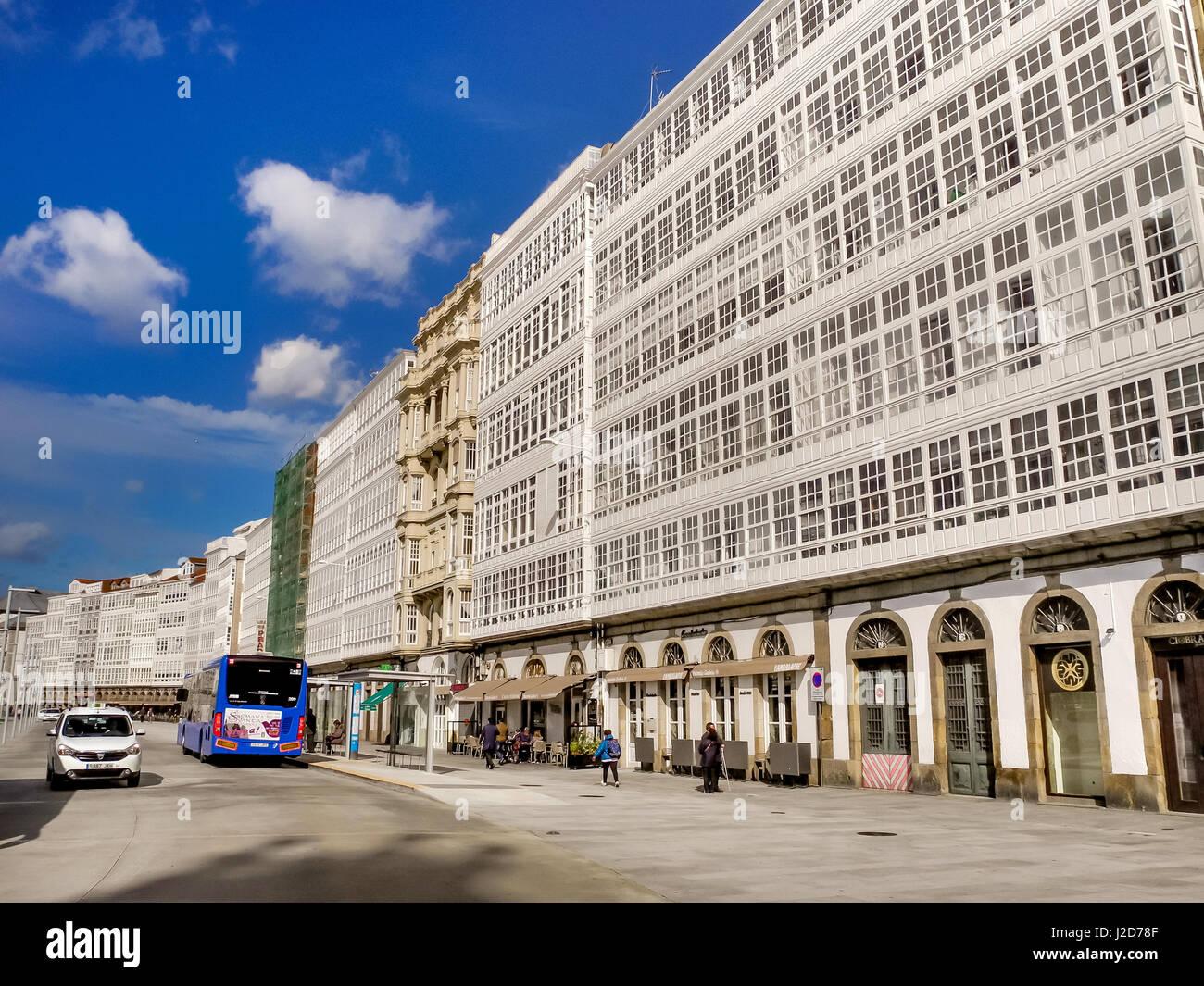 Spain cafe window stockfotos spain cafe window bilder - Beruhmte architektur ...