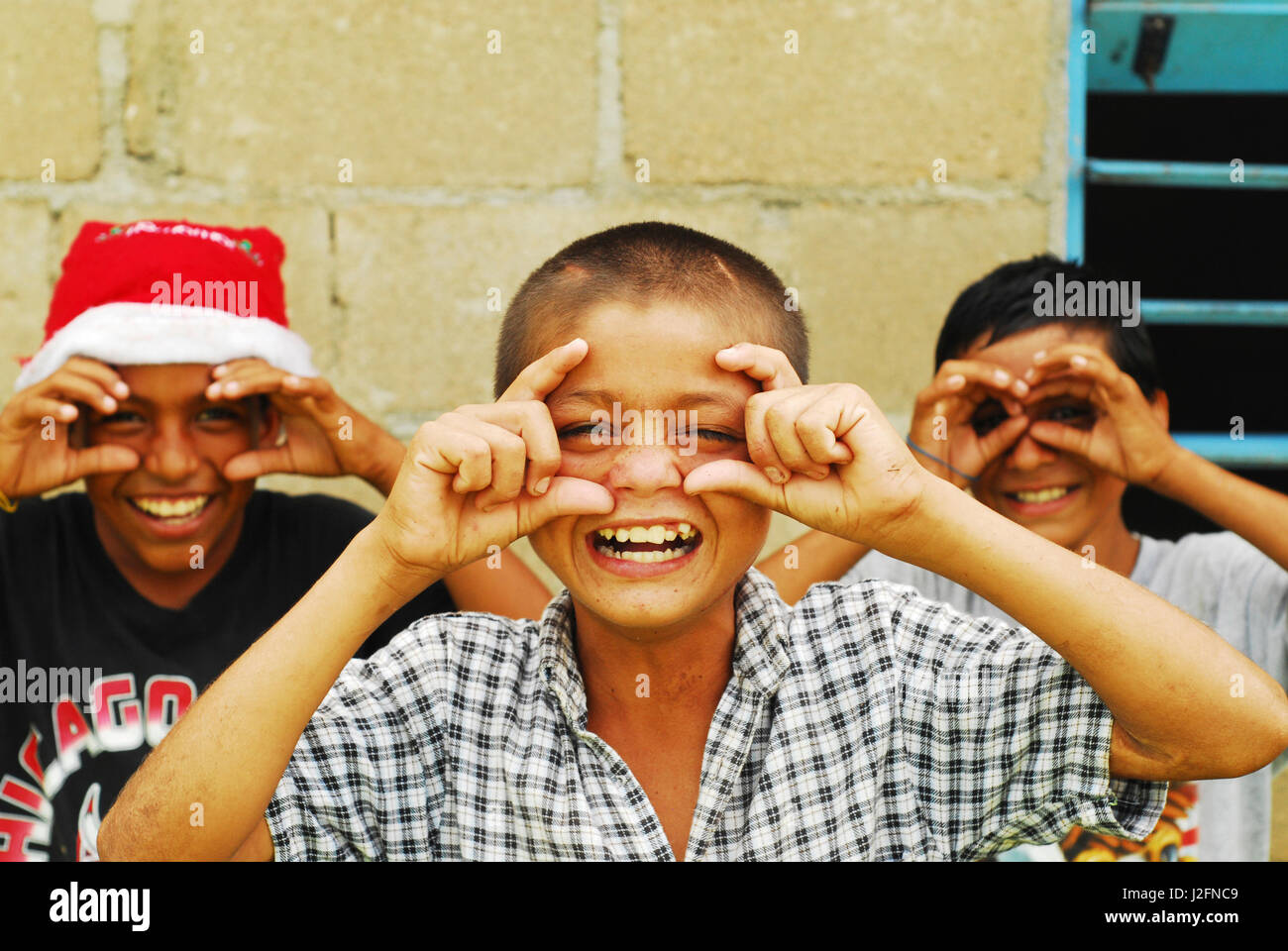 Belize, El Progreso, 3 Freunde in der Schule Stockbild