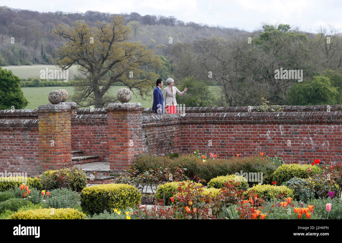 garden chequers stockfotos garden chequers bilder alamy. Black Bedroom Furniture Sets. Home Design Ideas