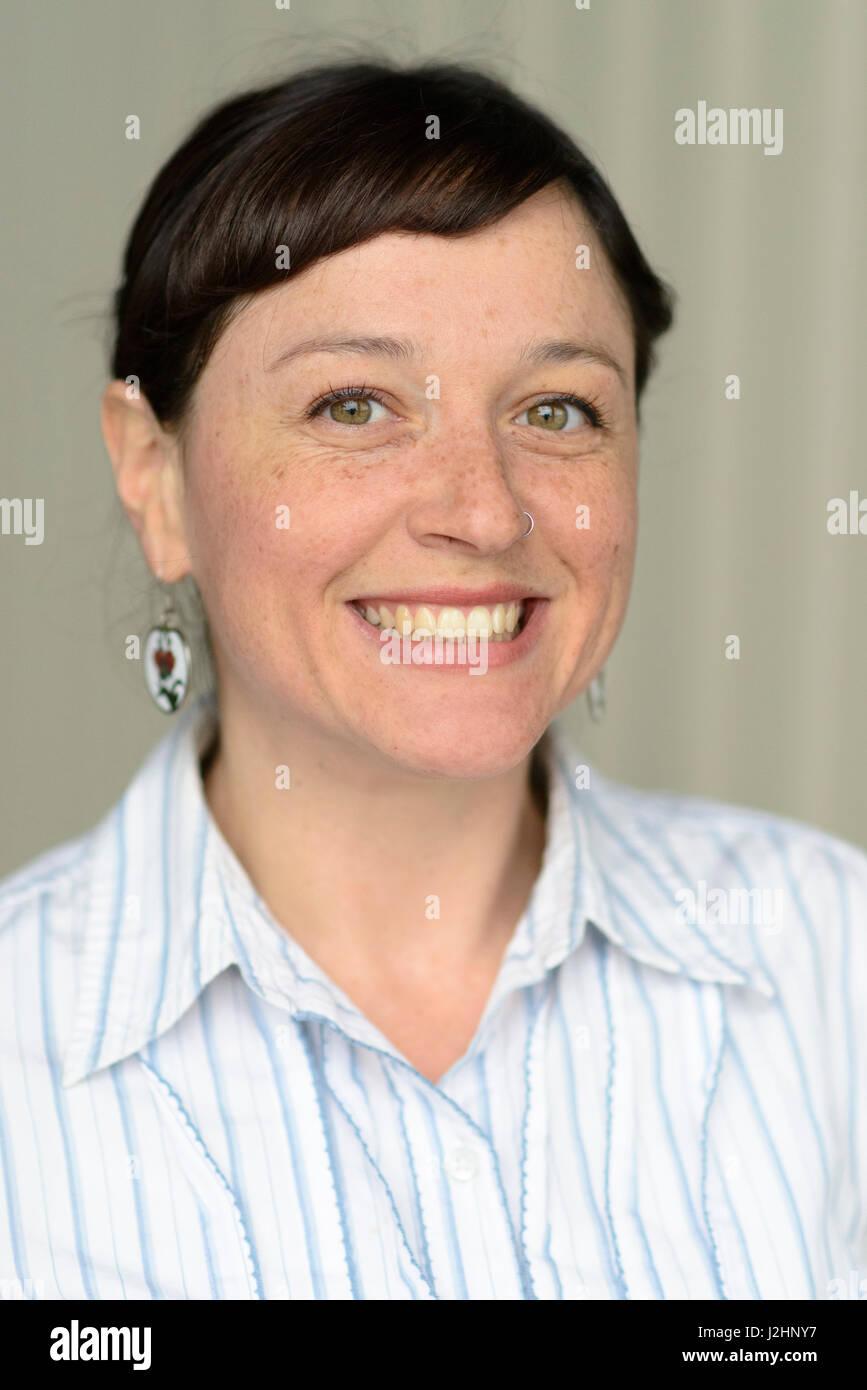Kopfschuss Frau, 30er Jahre. (MR) Stockbild