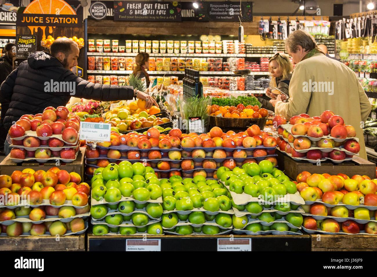 whole-foods-market-kunden-die-das-durchs