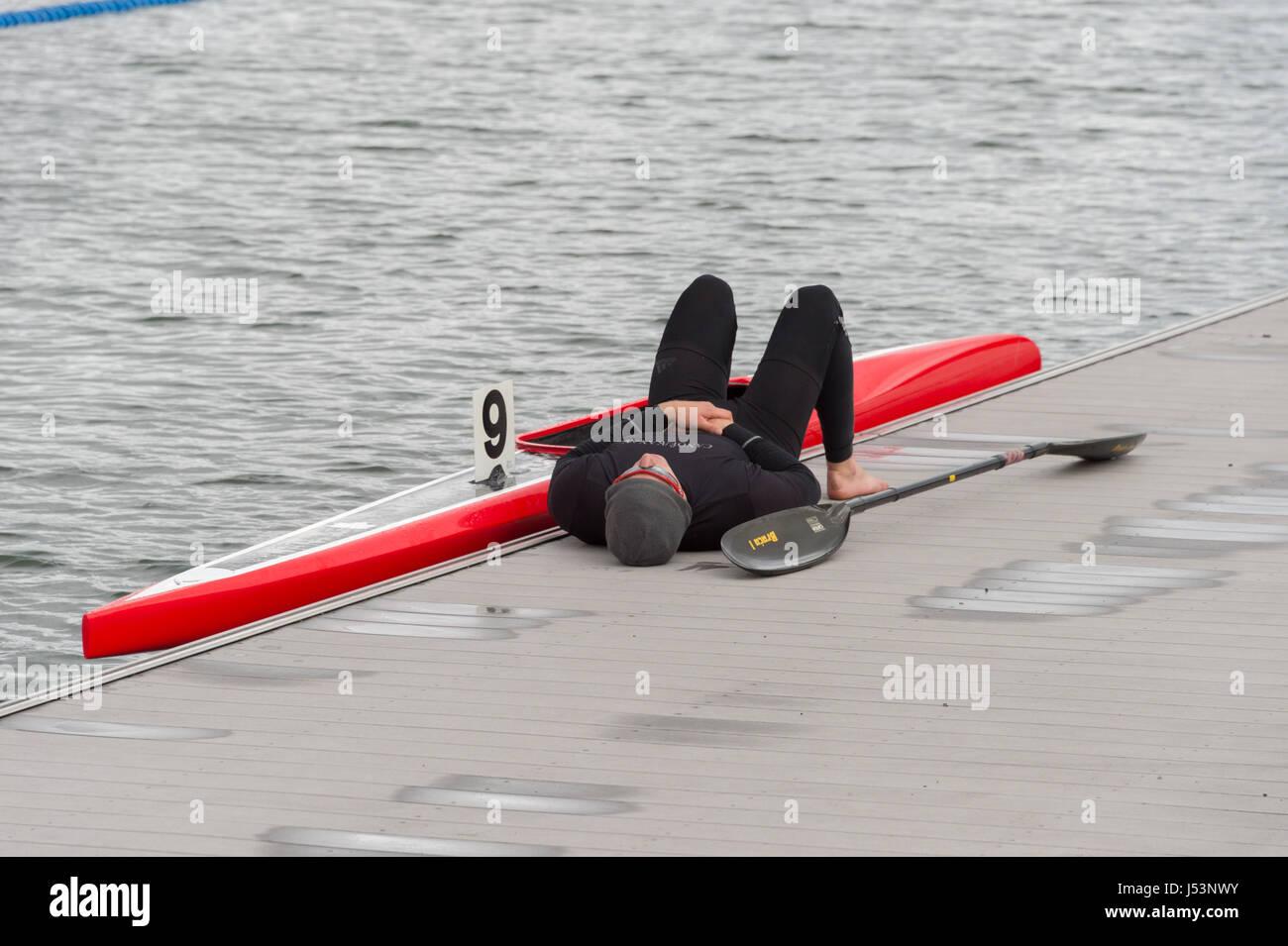 Montreal, CA - 14. Mai 2017: kanadische Sprint Seniorenmannschaft Studien am Olympischen Beckens Stockbild