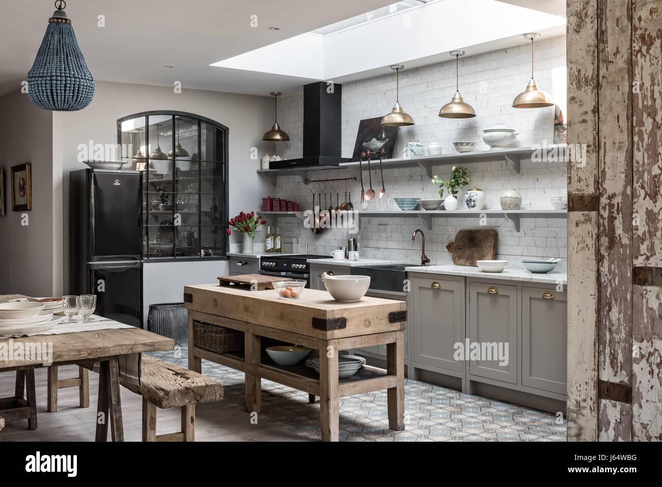 Möglichen Küche mit Vintage Messing Anhänger Beleuchtung, rustikalen ...