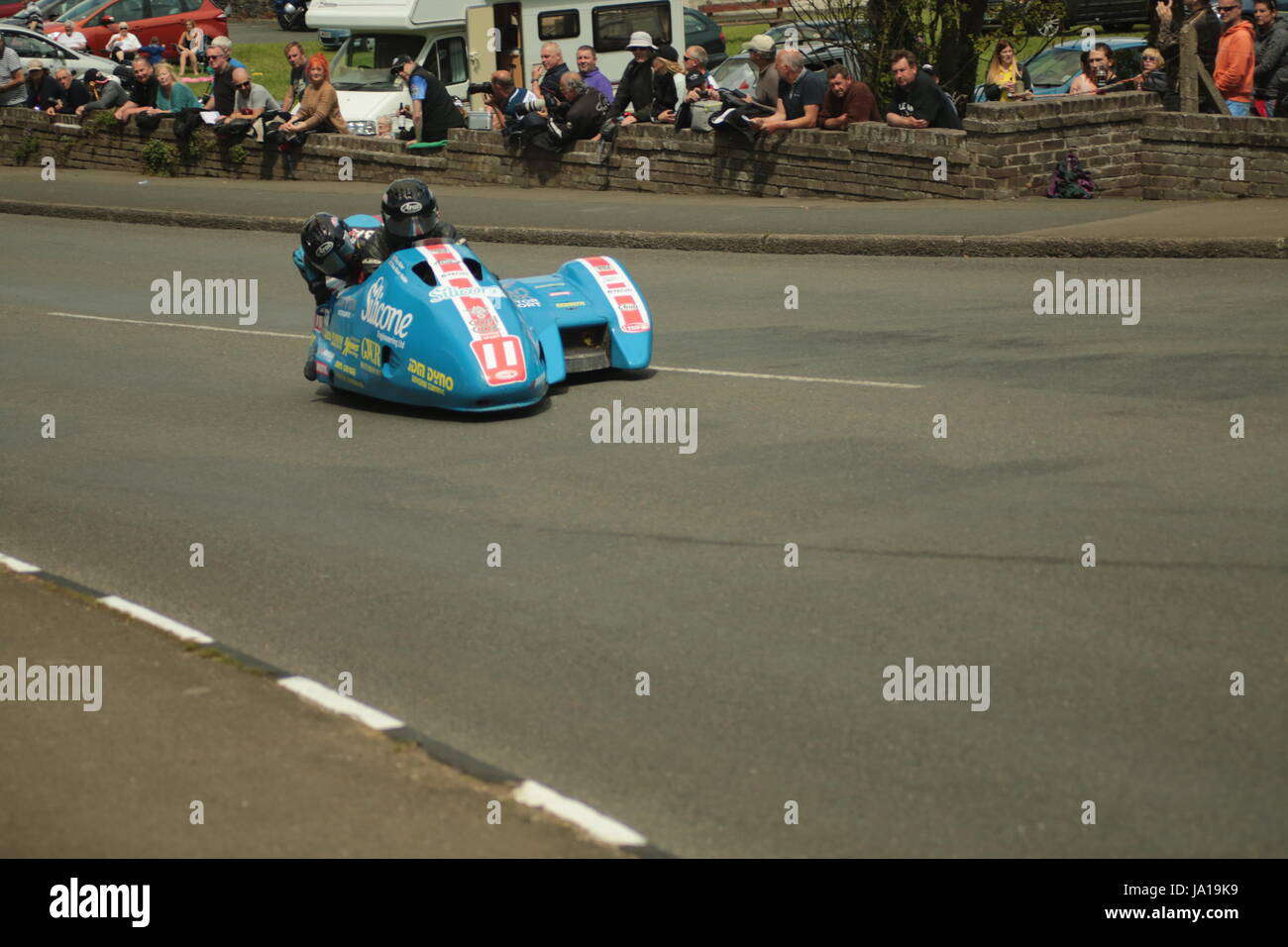 Isle Of Man TT Races, Beiwagen Praxis Qualifikationsrennen, Samstag, 3. Juni 2017. Beiwagen-qualifying-Session. Stockbild