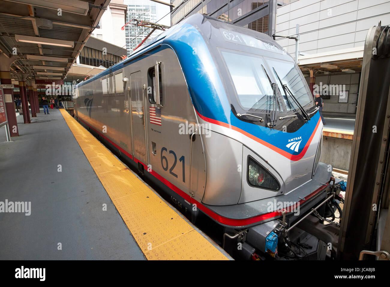 Amtrak Siemens acs-64 s-Bahn Lok South Street Station Boston USA Stockbild