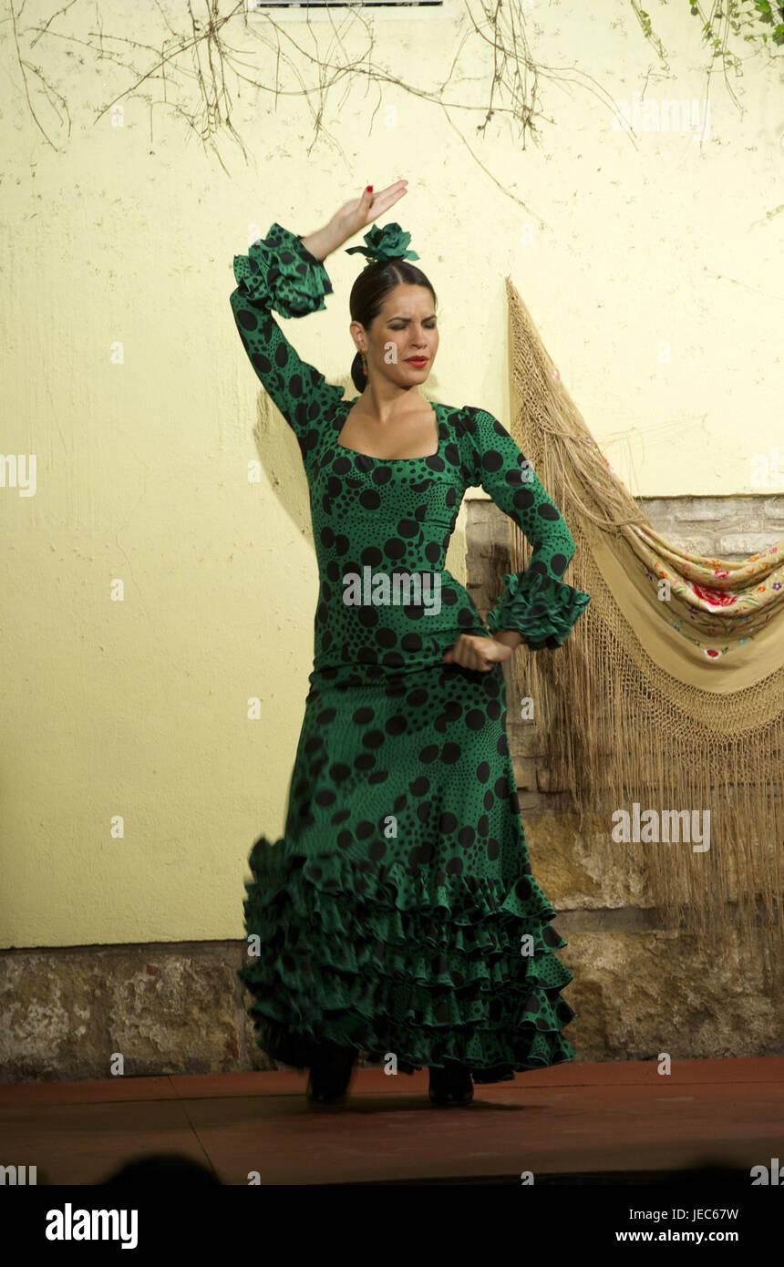 flamenco dancer stockfotos flamenco dancer bilder alamy. Black Bedroom Furniture Sets. Home Design Ideas