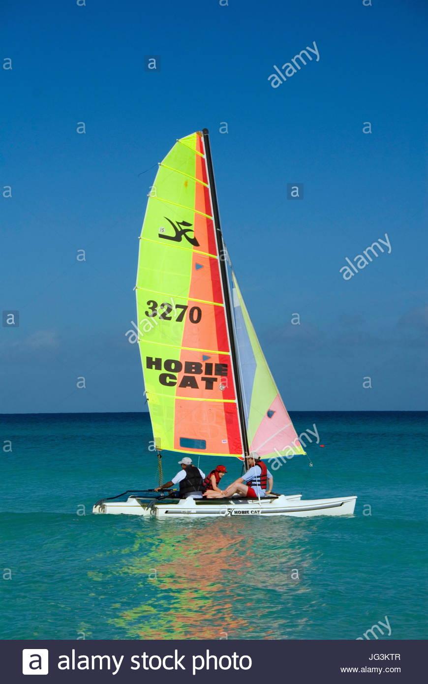 VP 5766513, Katamaran, Varadero, Kuba, Karibik bin Strang [Copyright-Hinweis: Frauke Scholz/McPHOTO/Vario Bilder] Stockbild