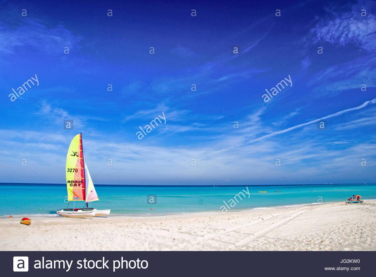VP 5766517, Katamaran, Varadero, Kuba, Karibik bin Strang [Copyright-Hinweis: Frauke Scholz/McPHOTO/Vario Bilder] Stockbild
