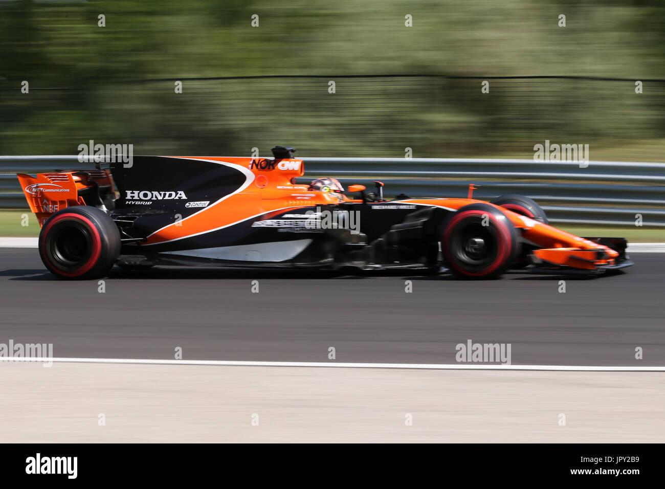Budapest, Ungarn. 2. August 2017. 2. August 2017, Hungaroring, Budapest, Ungarn; Formel 1 In Saison-Test; Carlos Stockbild