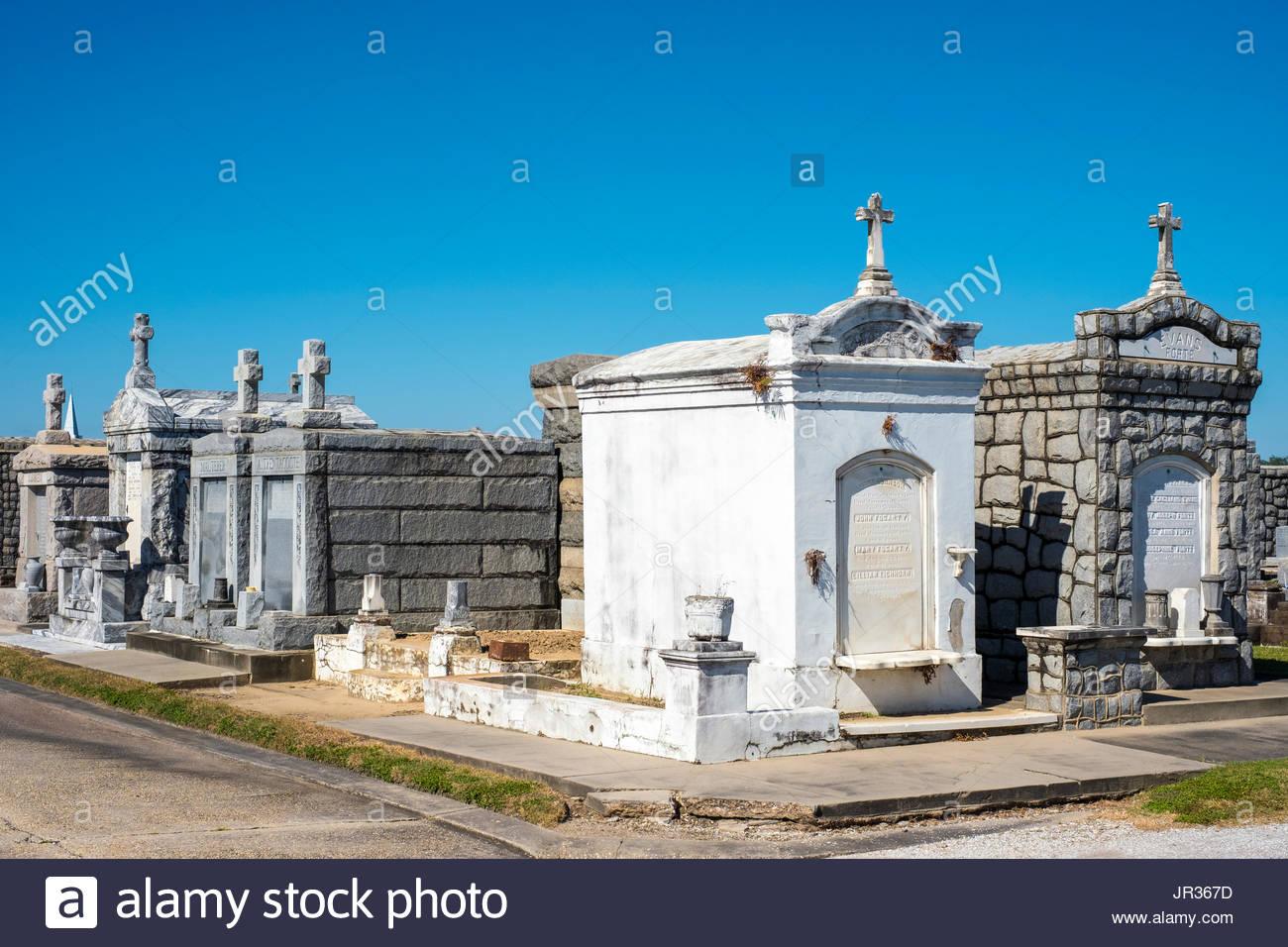 USA, Louisiana, New Orleans. Historischen oberirdische Gräber auf dem Greenwood Cemetery. Stockbild