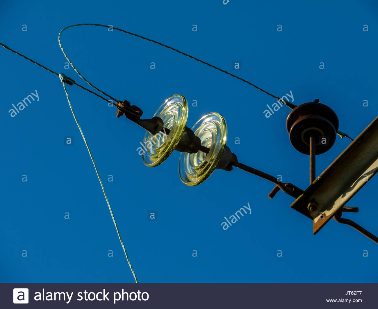 Hochspannungsleitung Isolatoren Stockbild