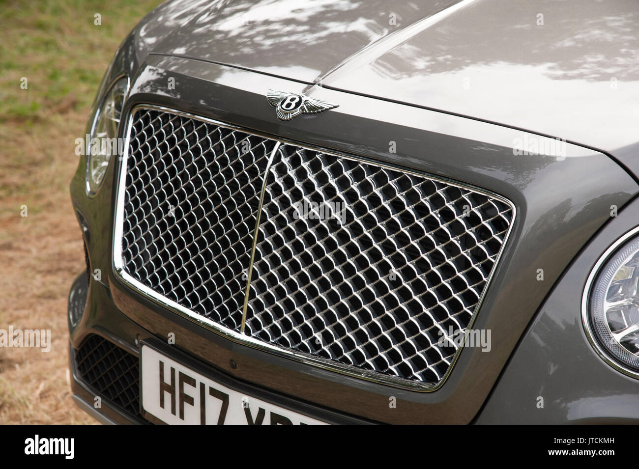2017 Bentley Bentayga Kühlergrill Stockbild