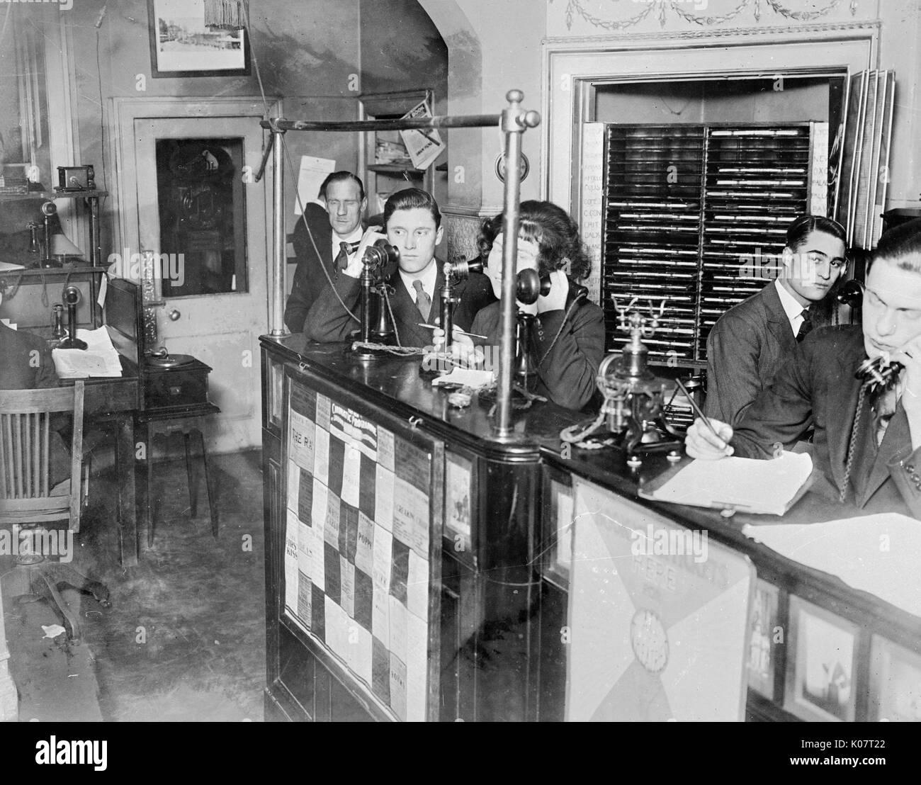 Gesellschaft für Unterhalter, mit Webster & Girling Ltd Theater ticket Box Office, obere Baker Street, Stockbild