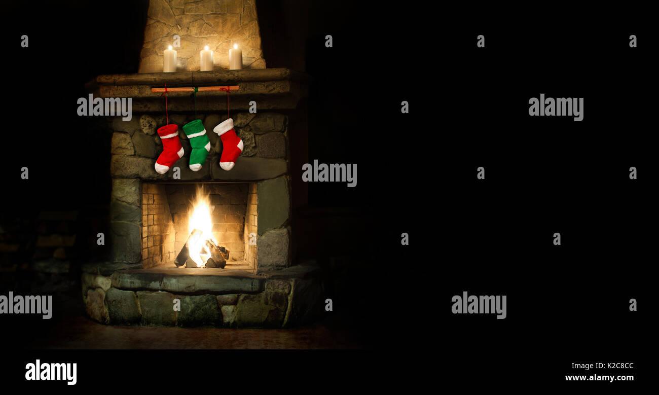 Romantische frohe weihnachten Postkarte Vorlage. bunte Strümpfe am ...