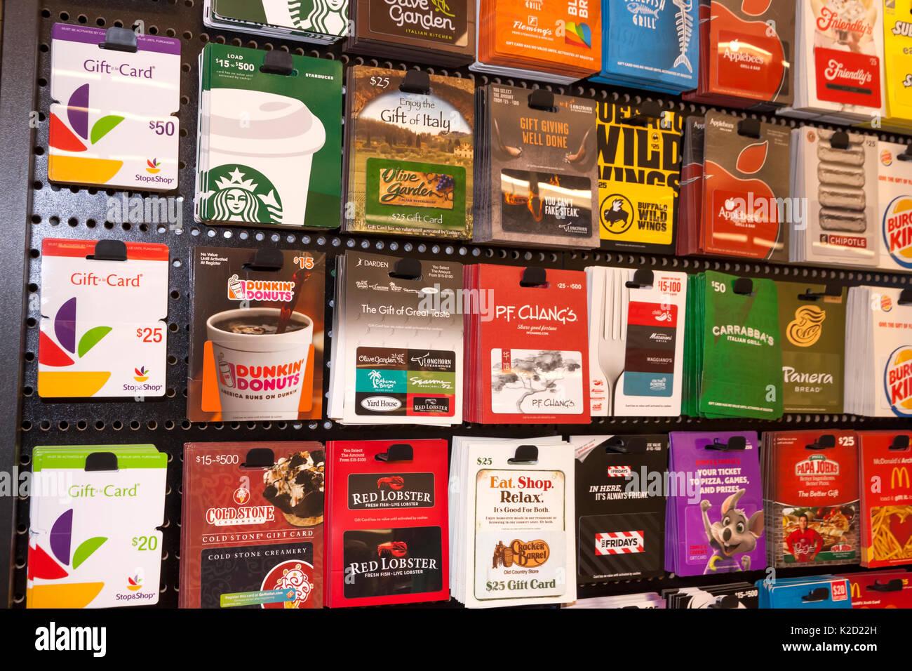 Essen, Trinken, Restaurant, & Supermarkt Geschenkkarten auf Anzeige zum Verkauf. Stockbild