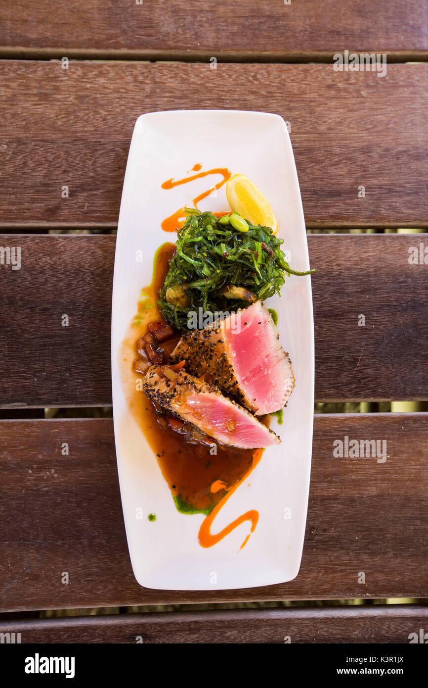 Typisches Gericht mit frischen Zutaten Nonsuch Bay Karibik Antigua und Barbuda Leeward Island West Indies Stockbild