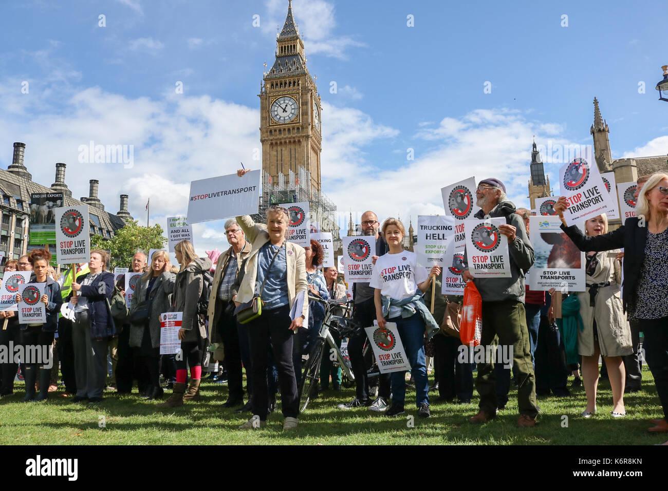 London, Großbritannien. 13 Sep, 2017. Die Tierschützer in Parliament Square als Teil von Mitgefühl Stockbild