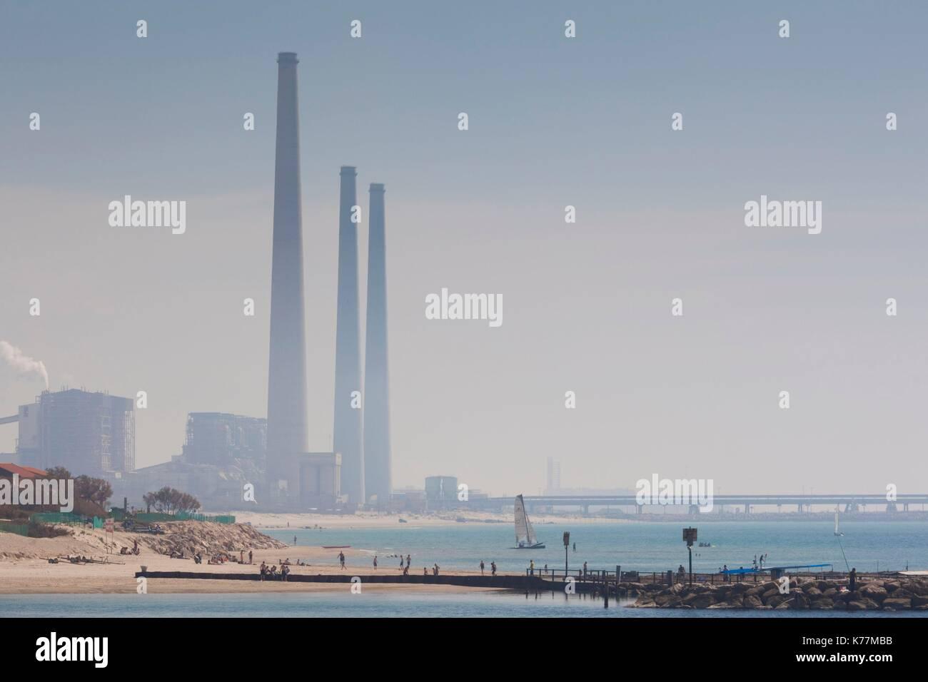 Israel, Nordküste, Caesarea, Kraftwerk Stockbild