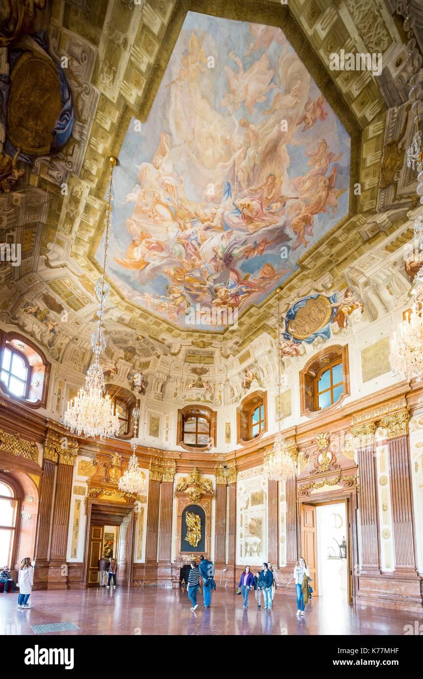 Österreich, Wien, Altstadt zum Weltkulturerbe der UNESCO, barocken Oberen Belvedere palace von Johann Lukas Stockbild