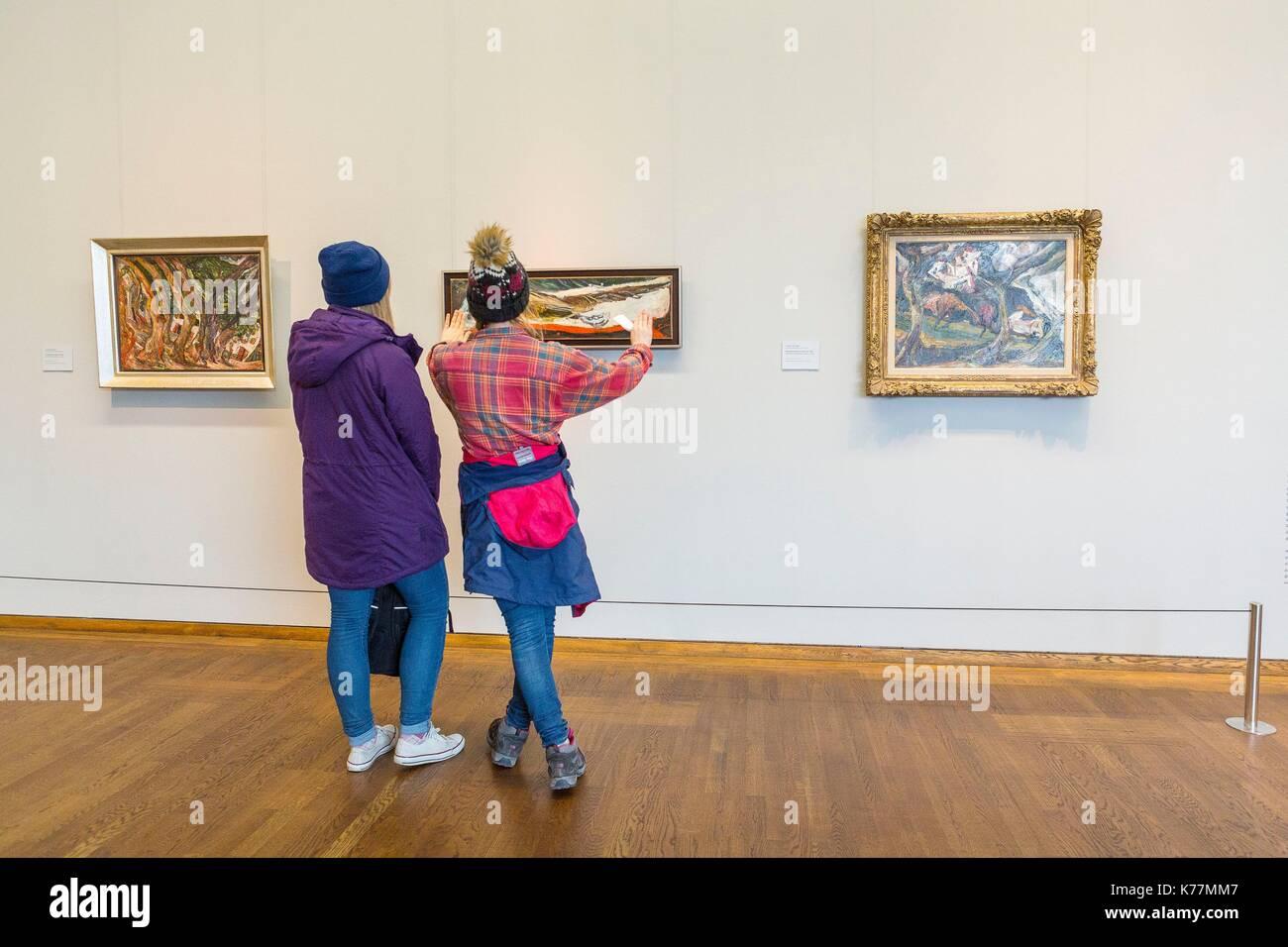 Österreich, Wien, MuseumsQuartier (MQ) in den ehemaligen Stallungen des kaiserlichen Hofes befindet sich das Stockbild