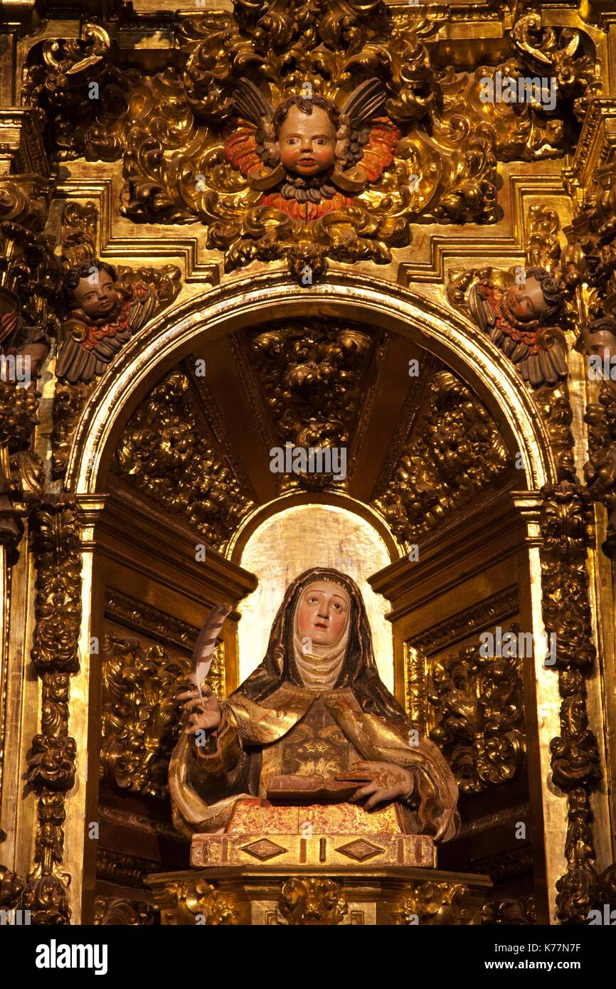 Spanien, Region Castilla y León, Provinz Avila, Avila, Kloster der Heiligen Teresa, Innenraum, religiöse Stockbild