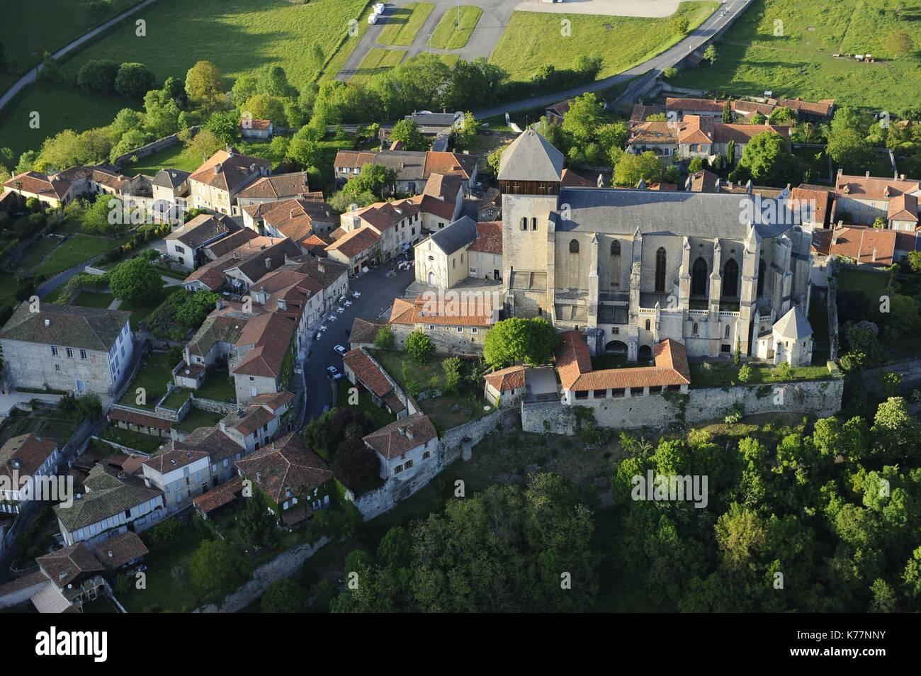 Frankreich, Haute Garonne, Saint Bertrand de Comminges, beschriftet mit den schönsten Dörfern von Frankreich, Stockbild
