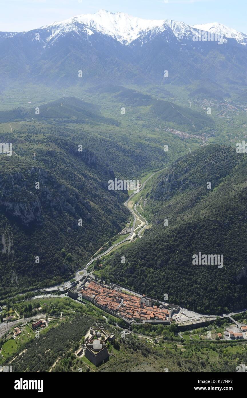 Frankreich, Pyrenees Orientales, Villefranche de Conflent, bezeichnete die Schönsten Dörfer Frankreichs, Stockbild