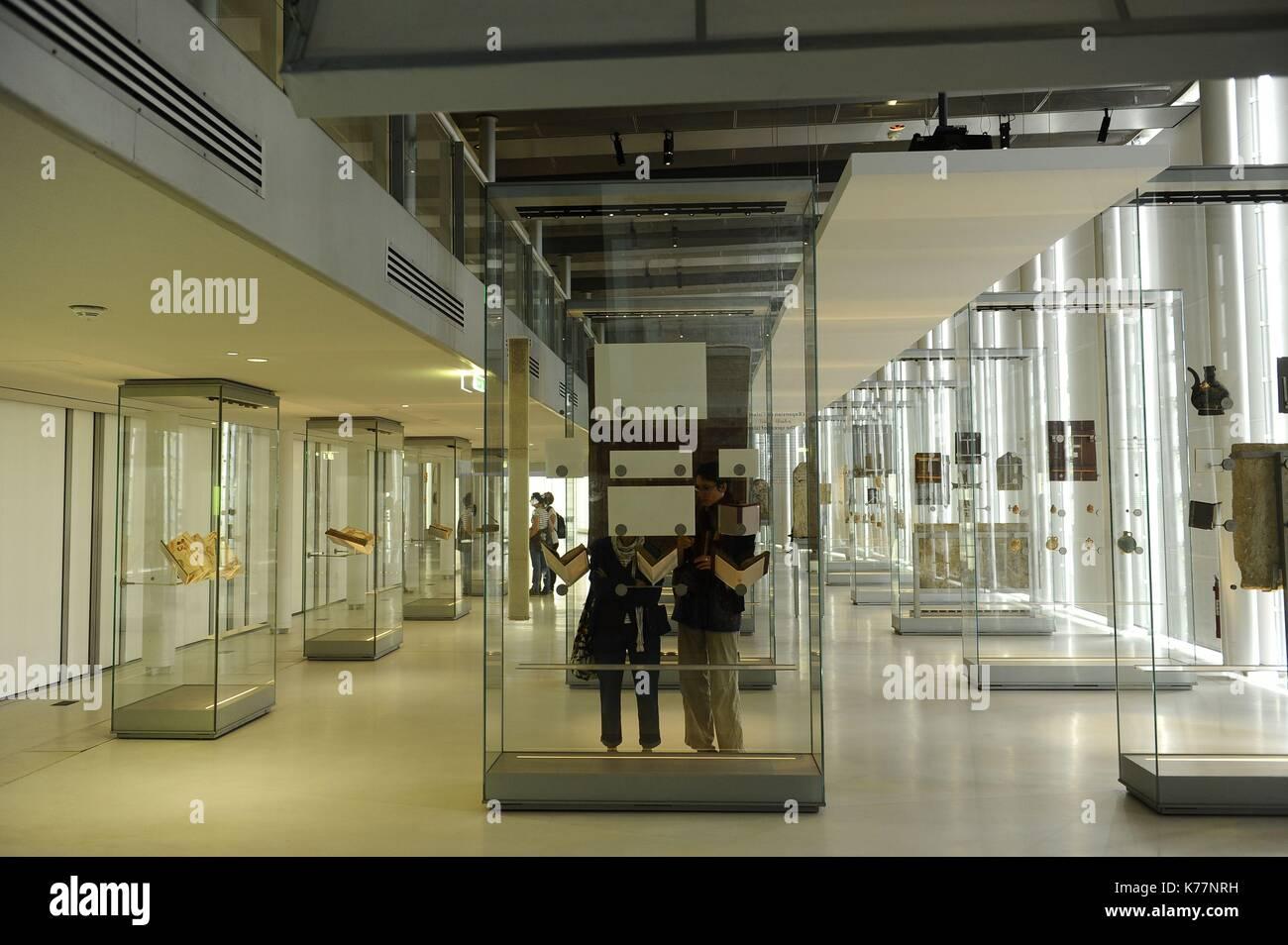 Frankreich, Paris, das Institut der Arabischen Welt (IMA) ist ein Pariser Kultur Institut der Arabischen Welt gewidmet Stockbild
