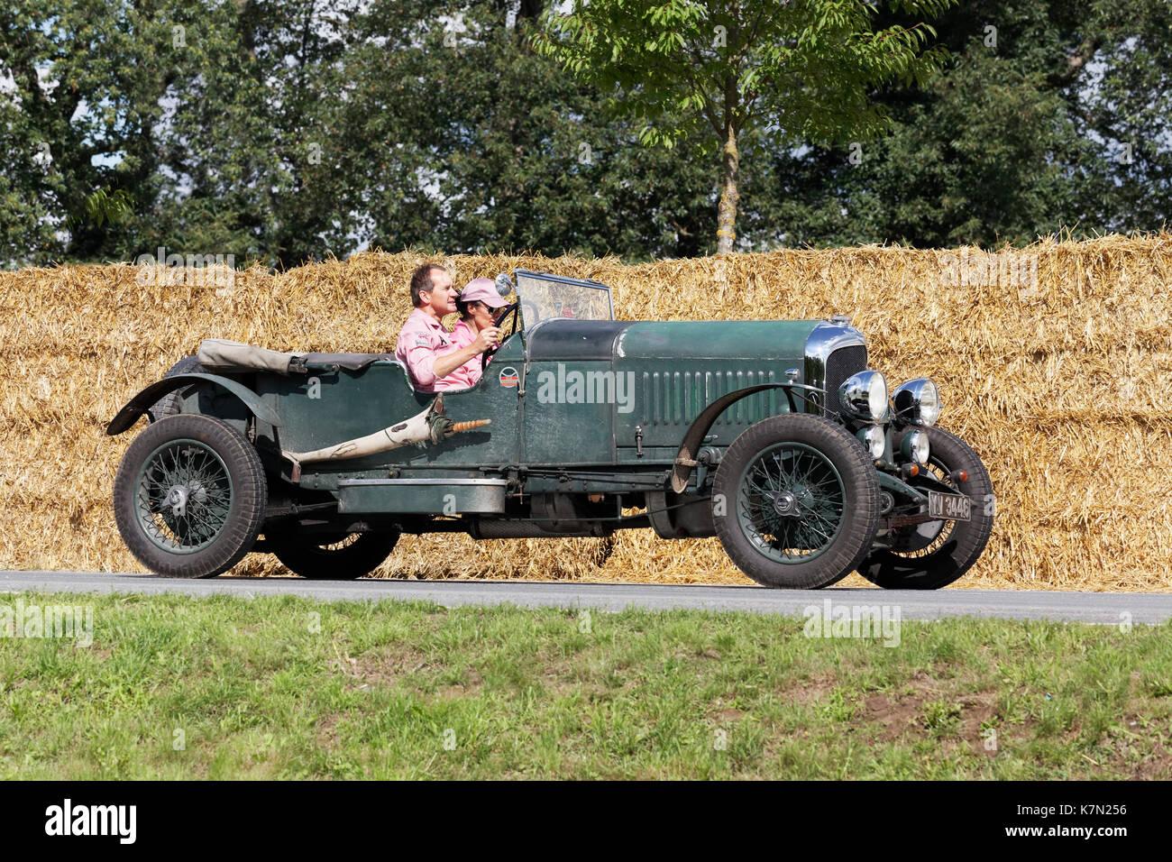 Bentley 3 Liter Geschwindigkeit Tourer auf dem Stromkreis, Britische Sportwagen von 1923, Classic Days Schloss Dyck, Stockbild