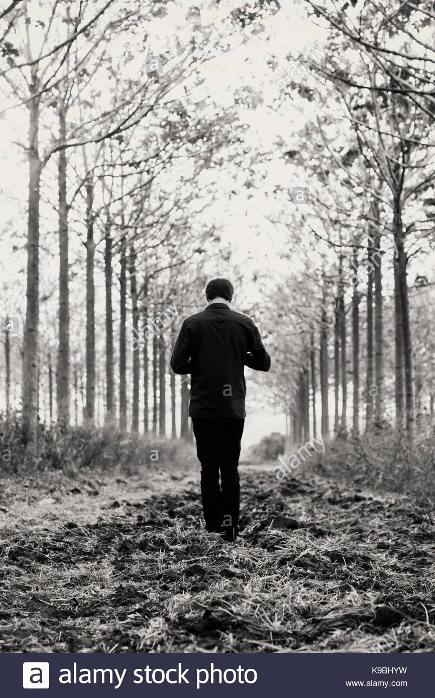 Einsamer mann (dorf) sucht einsame frau (stadt)
